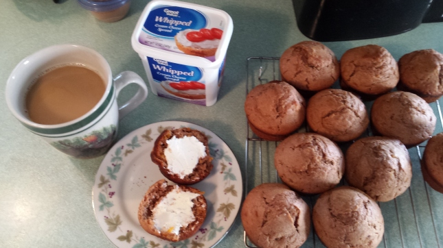 Cinnamon-Orange muffins with cream cheese 3-30-16