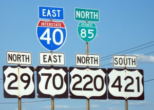 Greensboro_road_signs